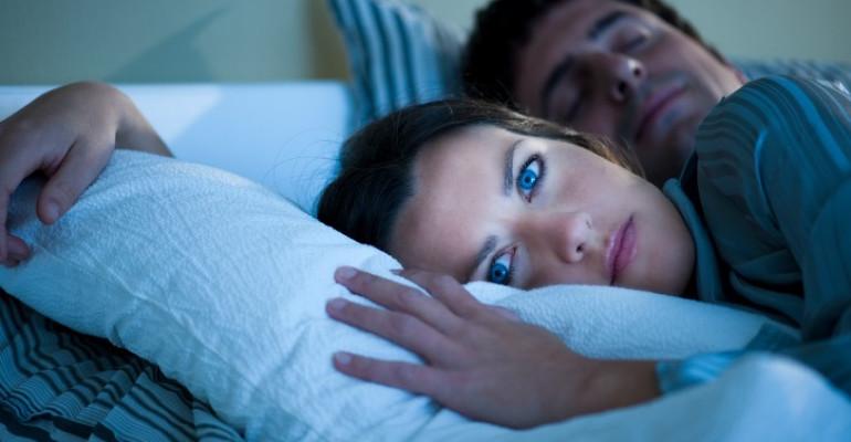 Poco sonno = tanti disturbi, soprattutto per noi donne!