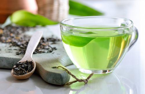 Tè nero o tè verde?